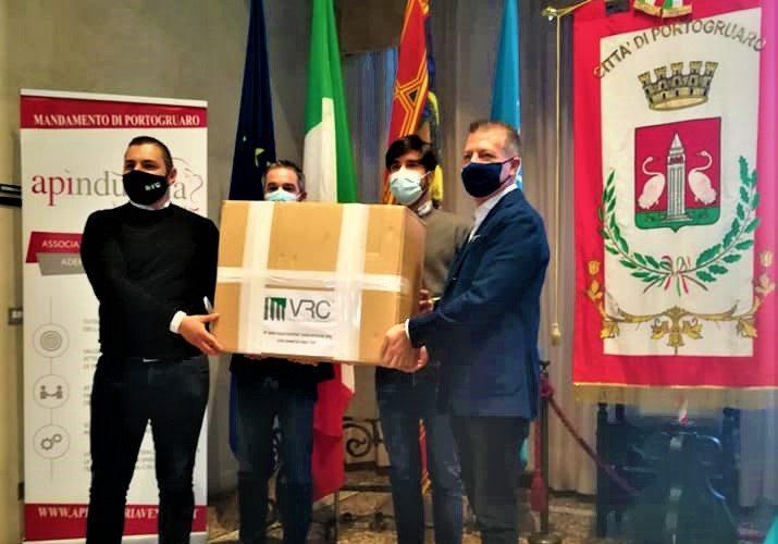 Veneziana Restauri Costruzioni Srl dona tremila mascherine alla Città di Portogruaro